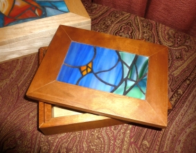 stained glass violet jewelry box